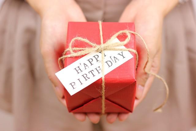20代後半の女性が喜ぶプレゼントて?予算5000円以内で!人気はロクシタン?